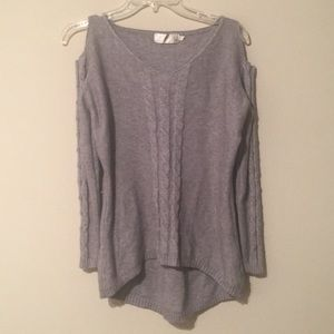 Sweaters - Gray cold shoulder sweater